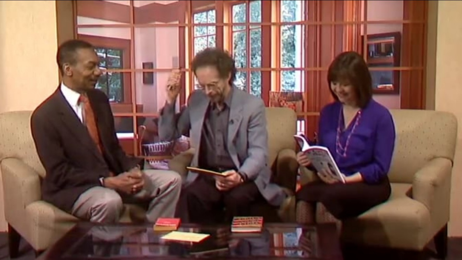 Mitch on WEEK-TV--mind reading with books
